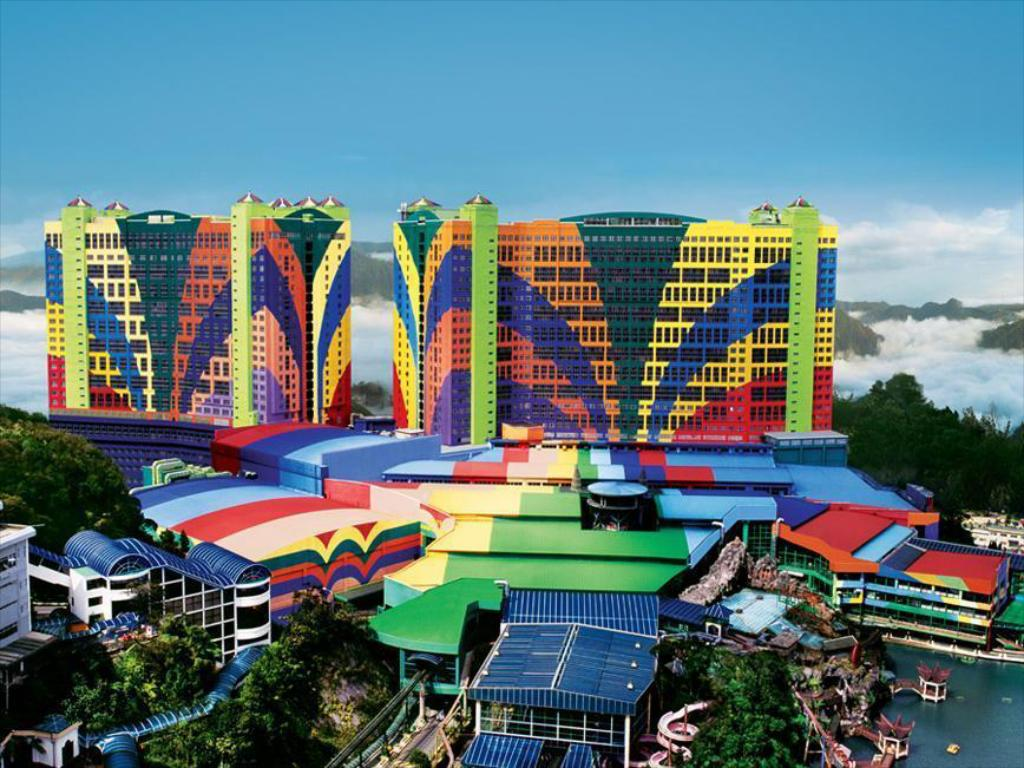 Resorts World Genting - First World Hotel, Genting Highlands   Best Price Guarantee - Mobile Bookings & Live Chat