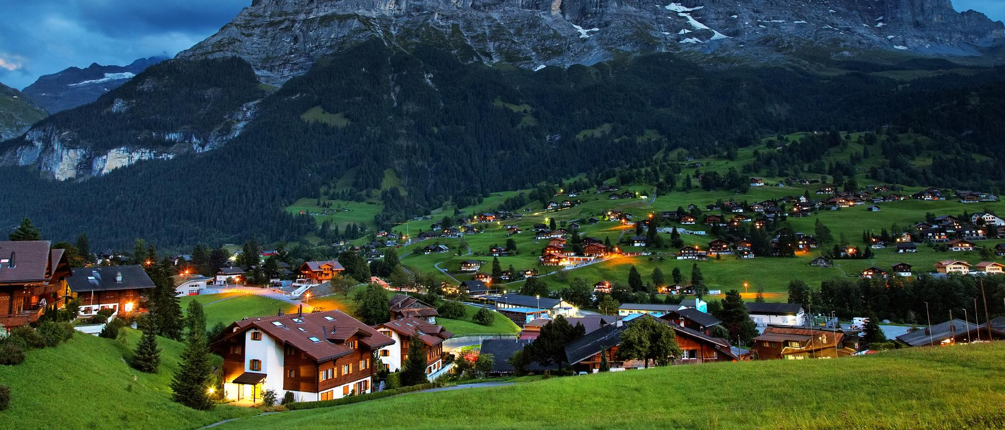 Grindelwald Hotels, Switzerland: Great savings and real reviews