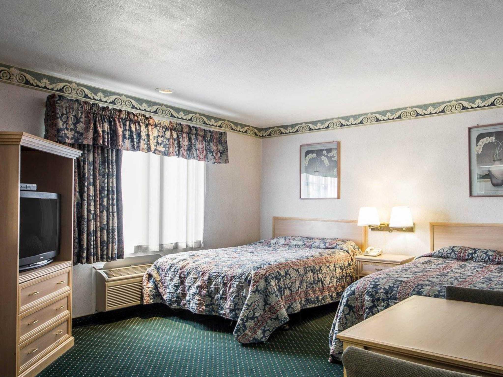 2 Double Beds, Non-Smoking