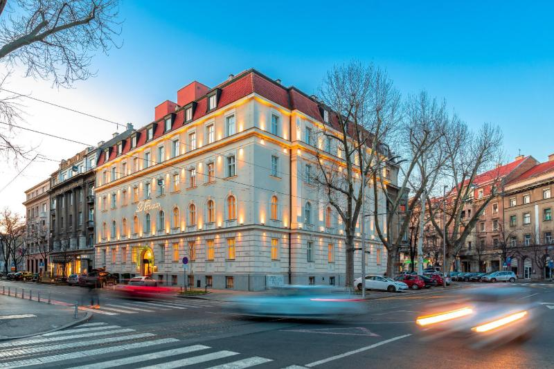 Le Premier Boutique hotel ⭐⭐⭐⭐⭐