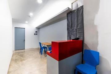OYO 476 Hedda Hotel (Quarantine Hotel)  (Vaccinated Staff)
