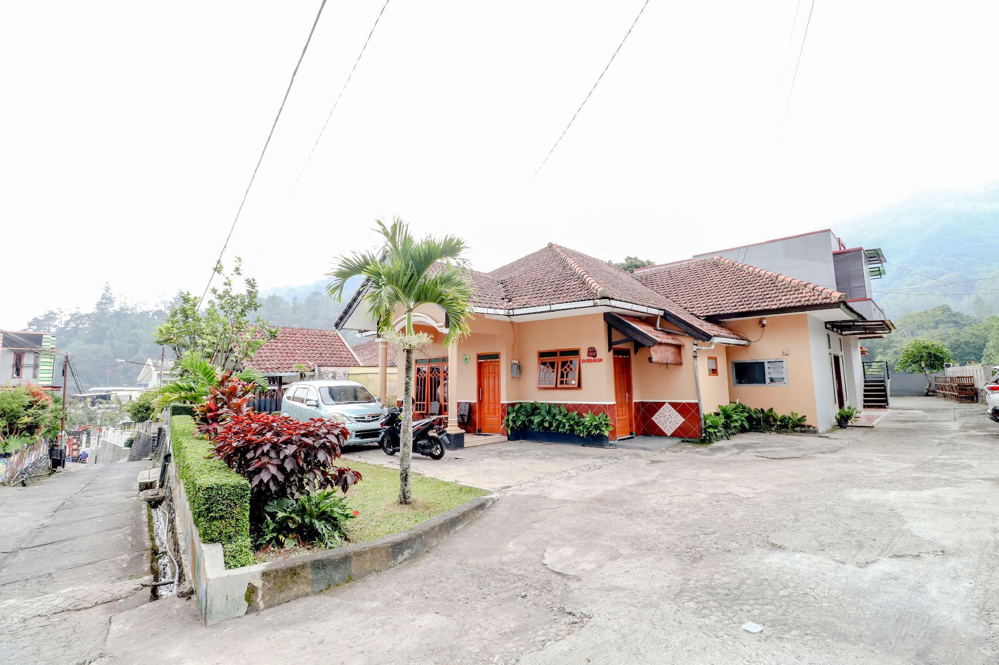 Villa Rose Batu, Malang