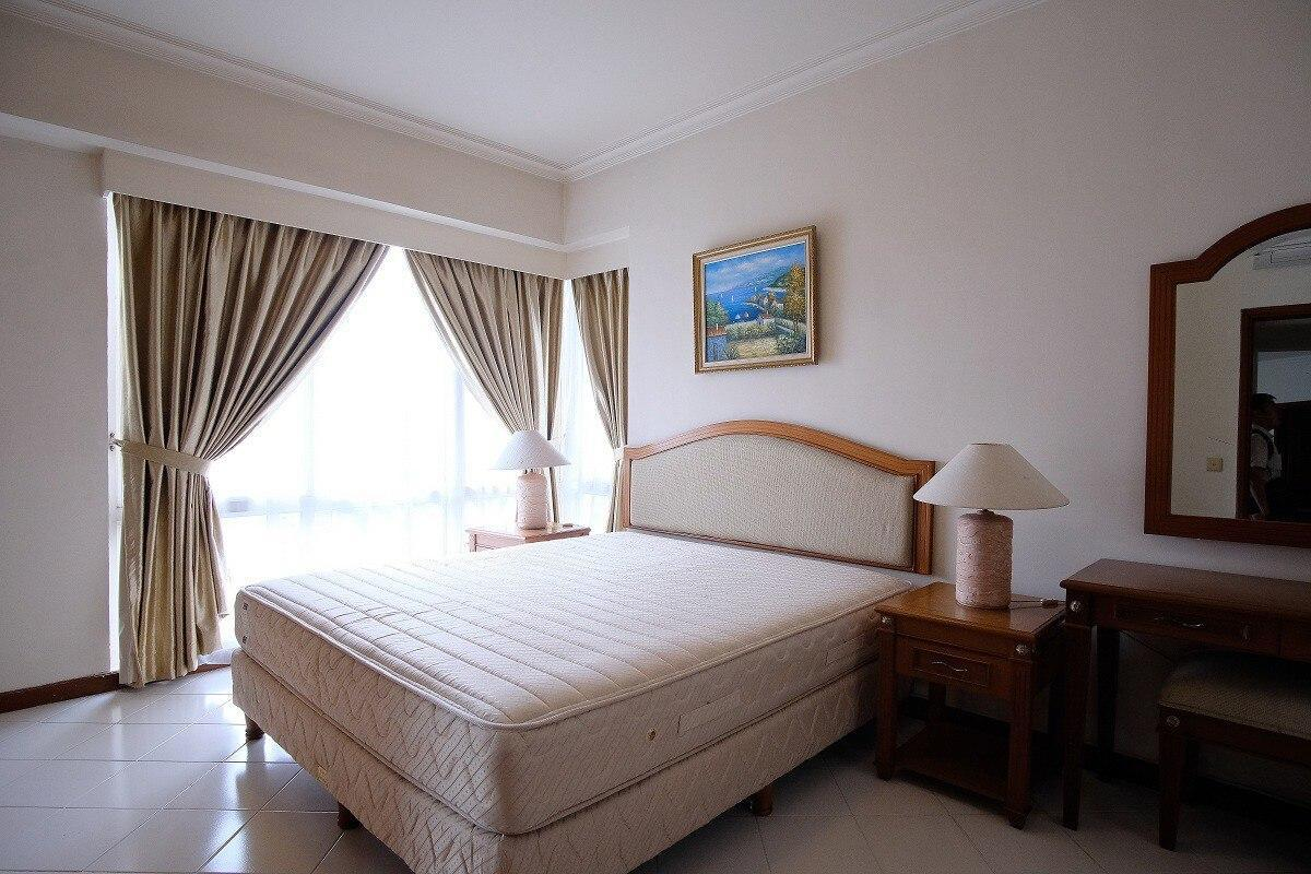 Happy living at Puri Casablanca 2BR FF End Year, South Jakarta