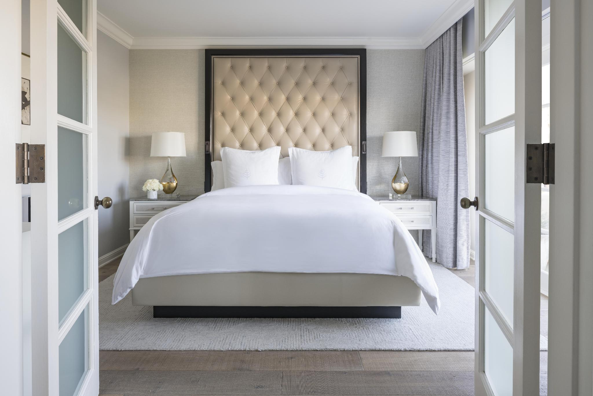 California Suite with King Bed