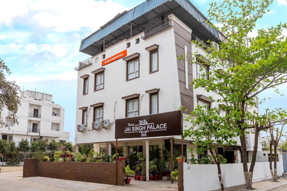 Hotel Oyo 3815 Hotel Jaisingh Palace