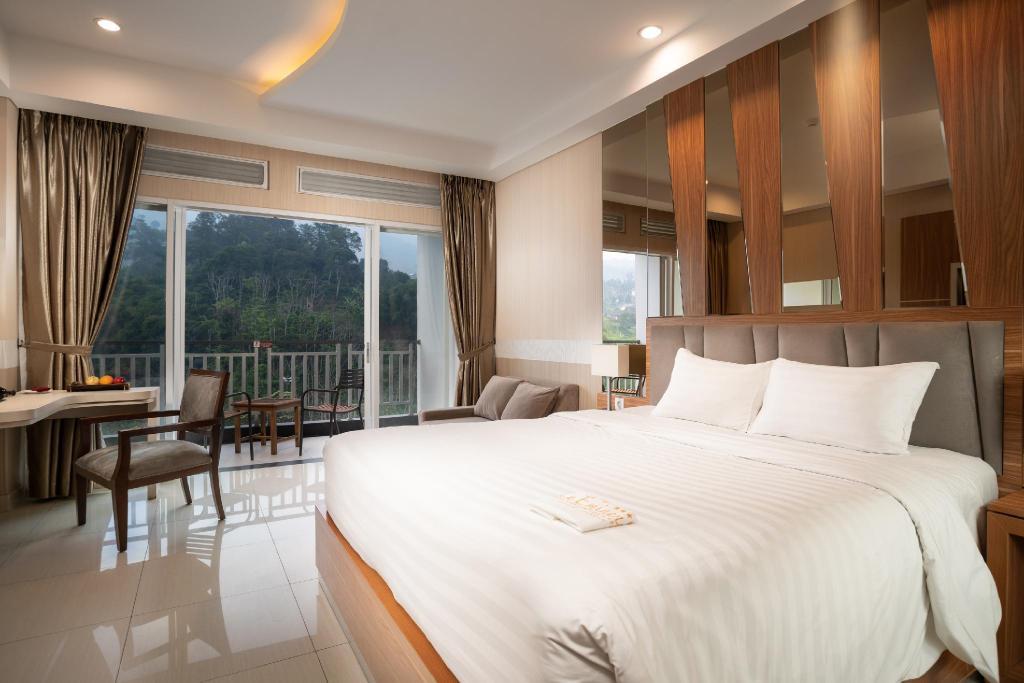 Le Eminenece Puncak Hotel Convention and Resort