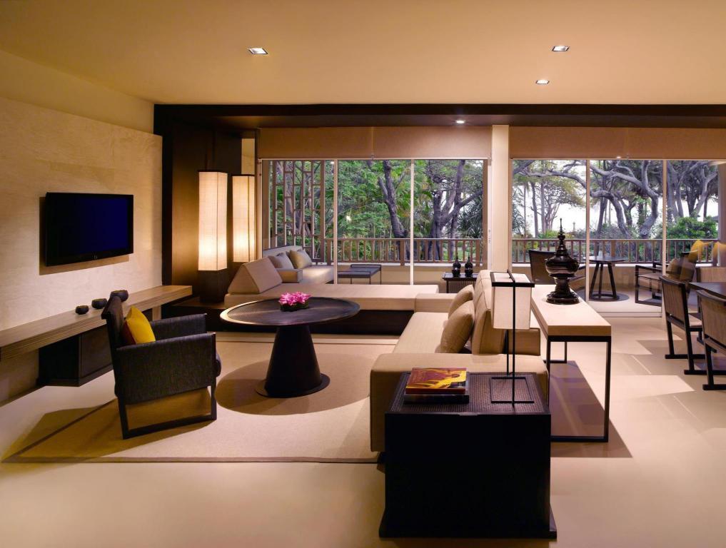 das hyatt regency hua hin luxus und traumstrand am golf. Black Bedroom Furniture Sets. Home Design Ideas