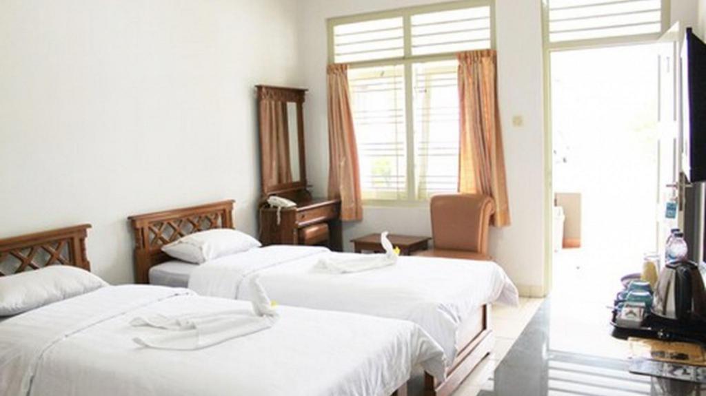 Fasilitas kamar Hotel Besar PurwokertoAgoda.com