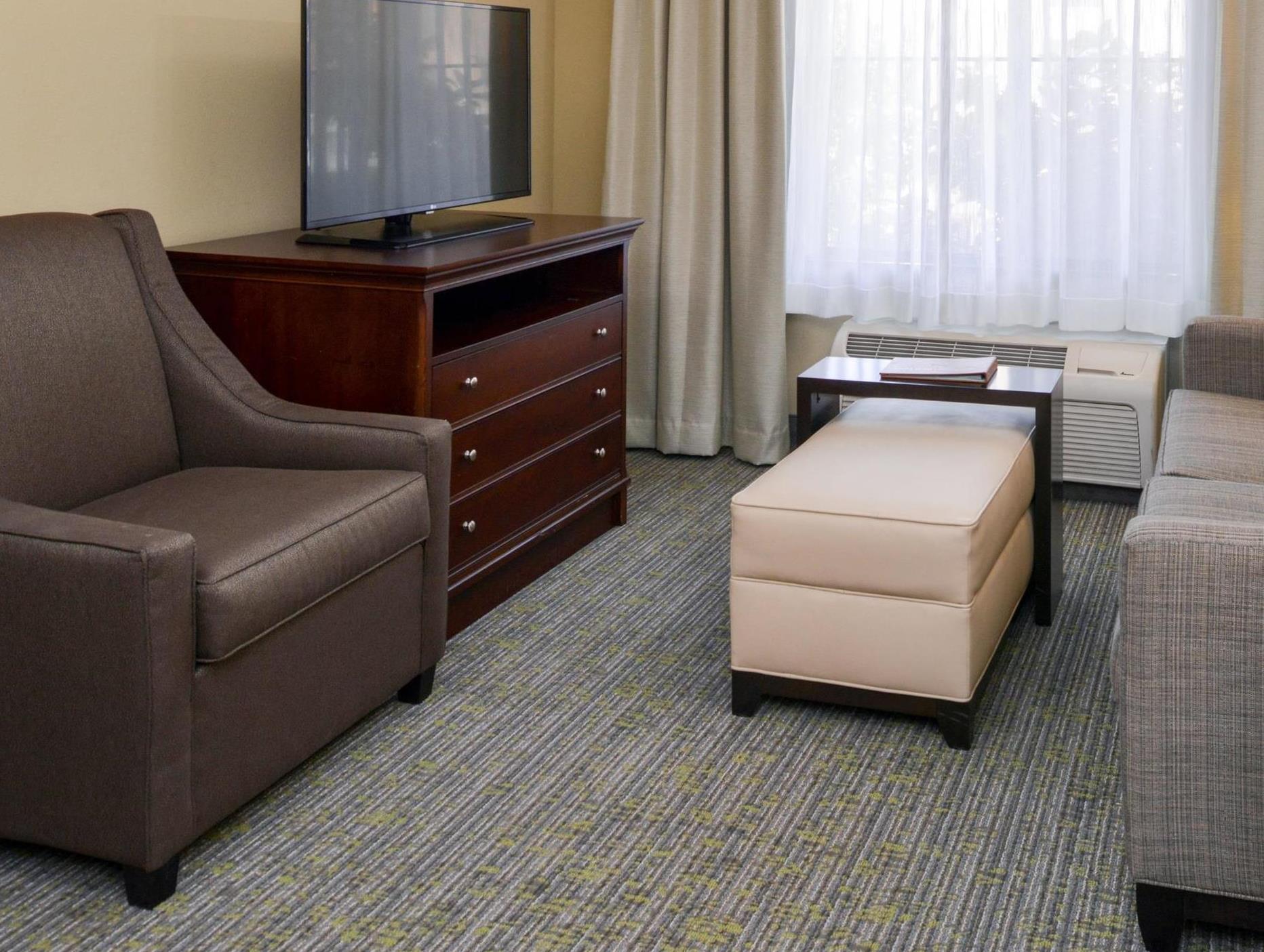 2 Queen 1 Bedroom Suite Non-Smoking
