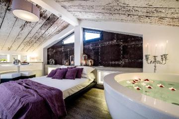 Viola Rooms