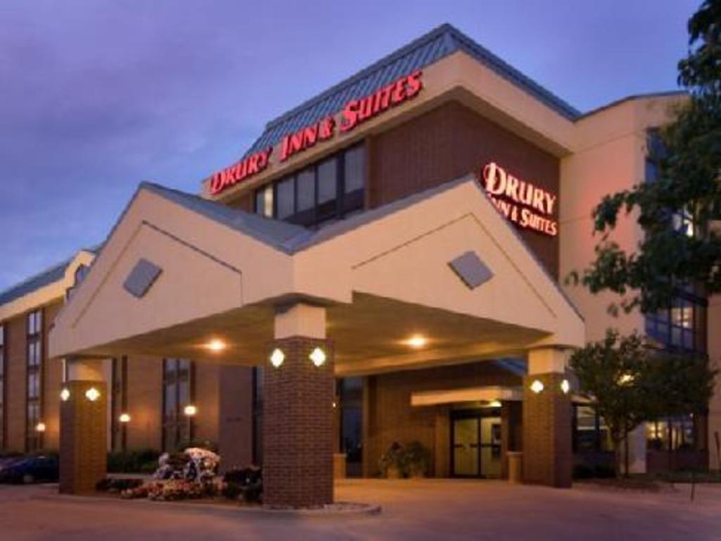 Drury Inn & Suites Champaign in Champaign (IL) - Room Deals, Photos ...