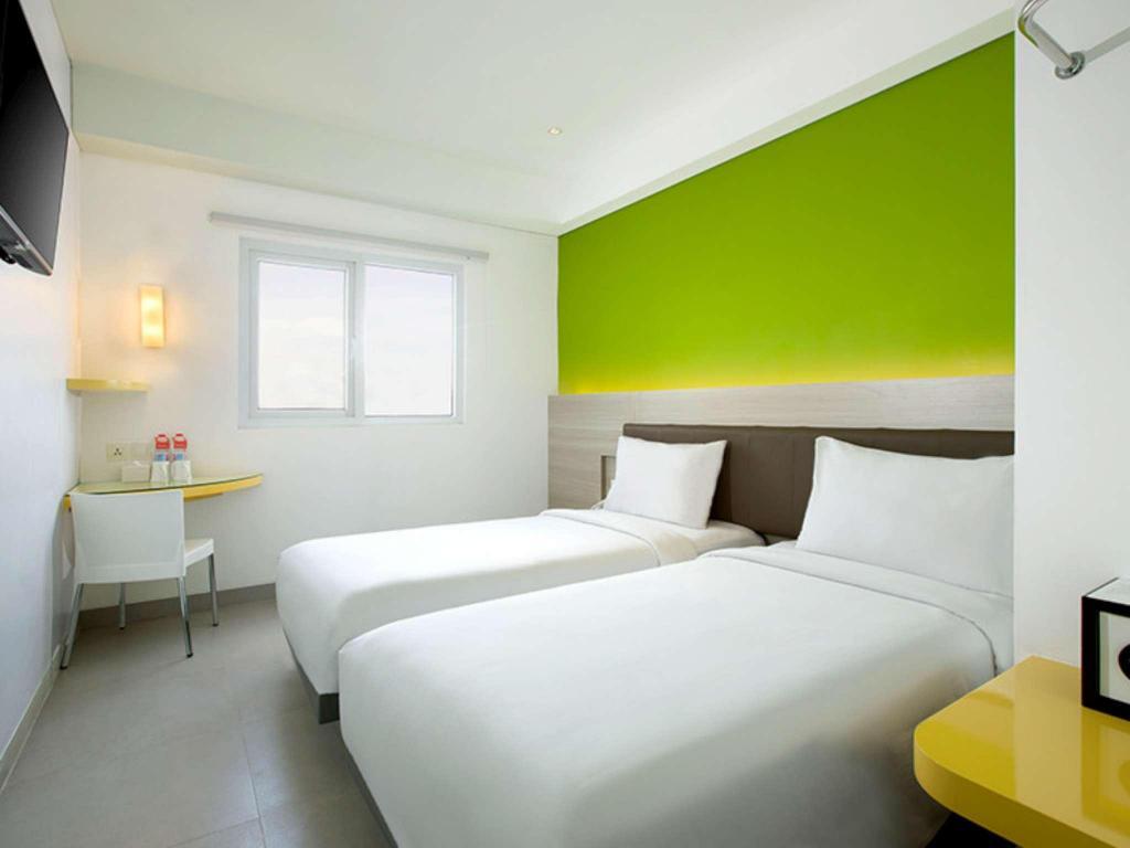 Fasilitas kamar Amaris Hotel Padang