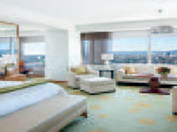 Corner King Room, Guest room, 1 King, City view