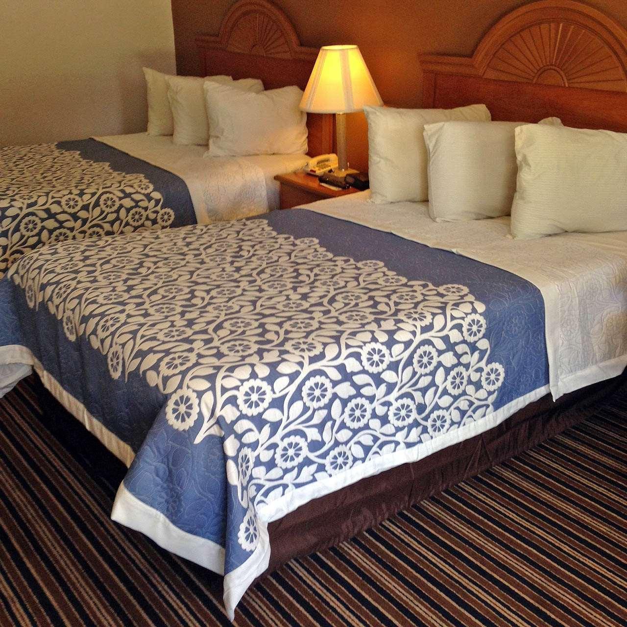 2 Double Beds Non-Smoking