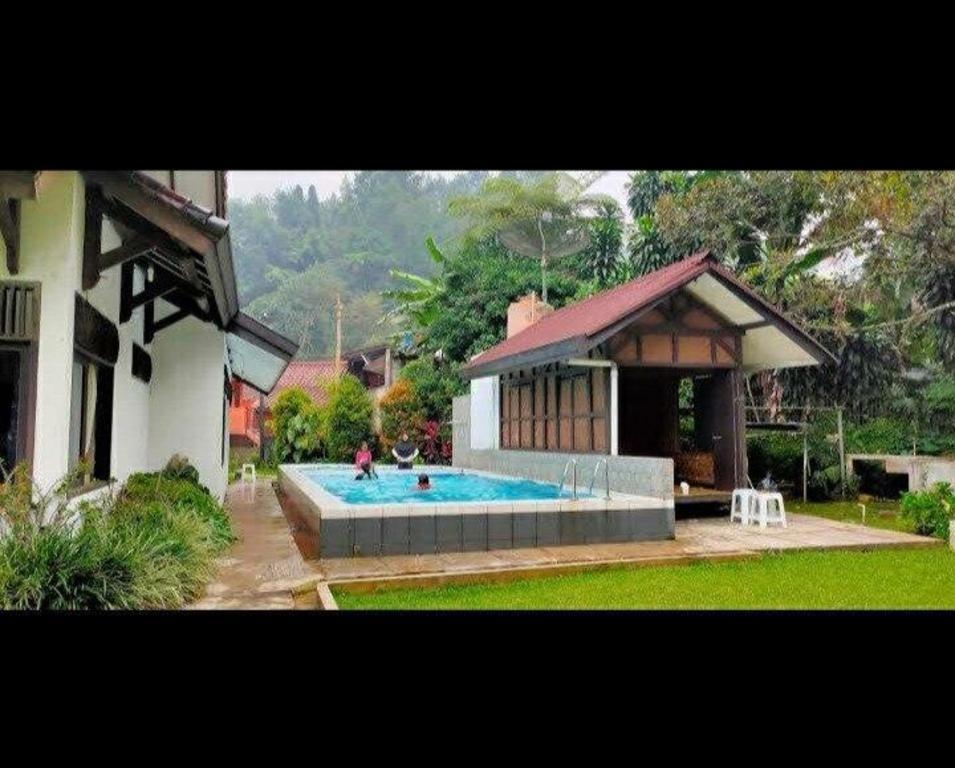 Villa Kaca Puncak