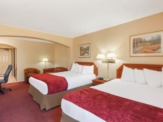 2 Queen Beds, Mobility/Hearing Impaired Accessible Room, Non-Smoking