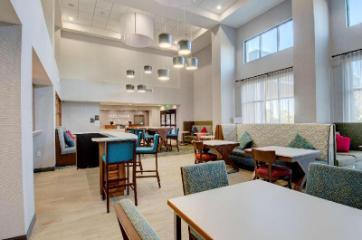 Hampton Inn & Suites Portland, ME