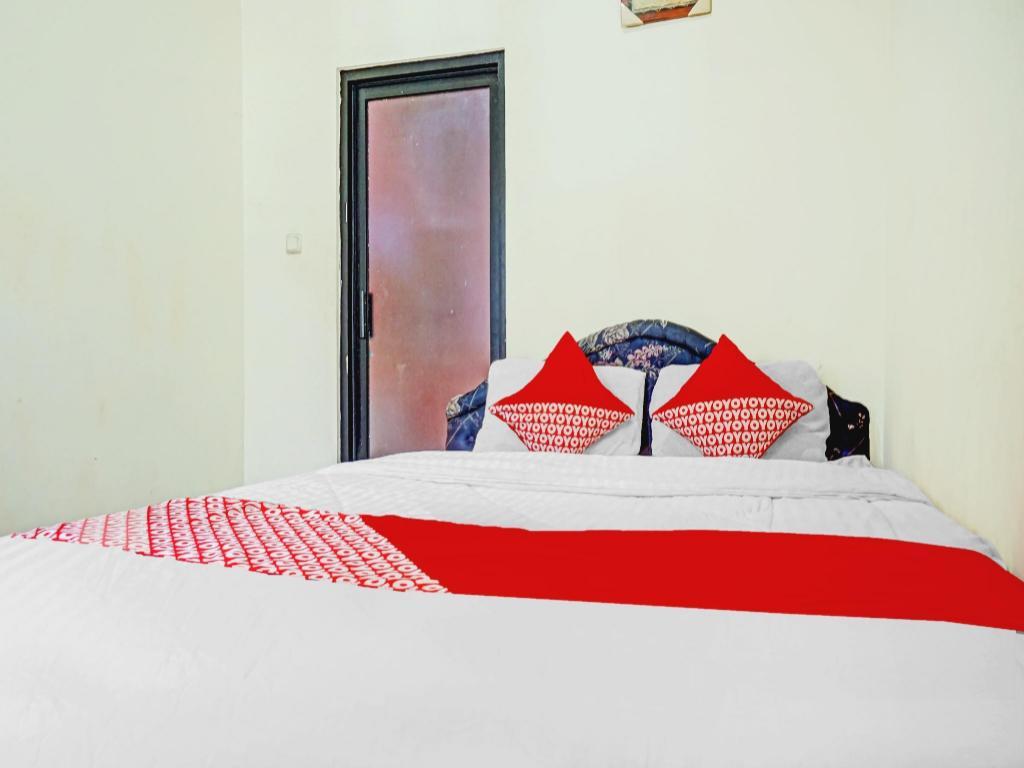 OYO 90166 Marsya Prisma Syariah Hotel