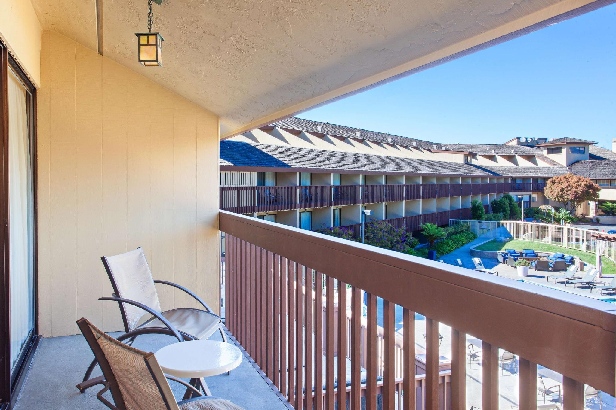 1 King Junior Suite Pool View