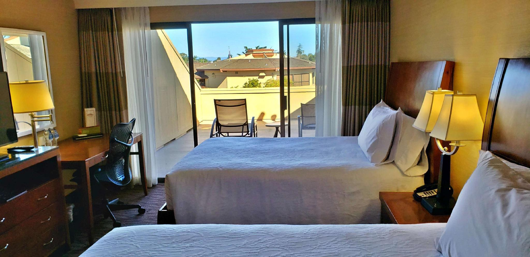 2 Queen Beds Large Patio