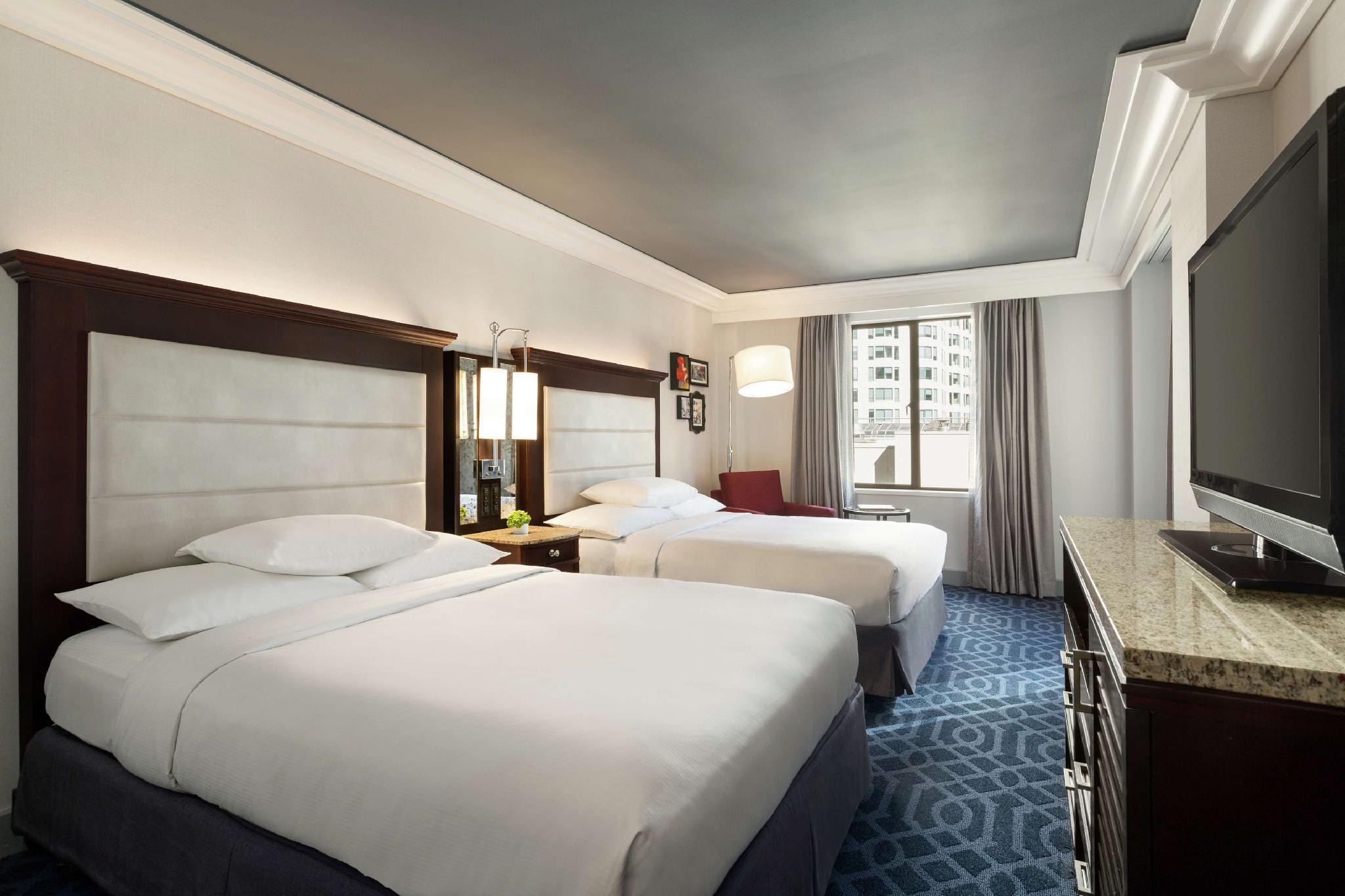 2 Double Beds Corner
