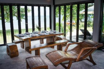 Inspiration villa - own private beach