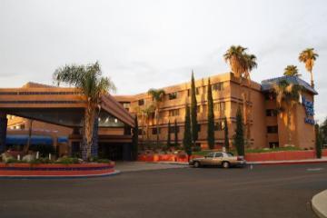 Ramada by Wyndham Viscount Suites Tucson East