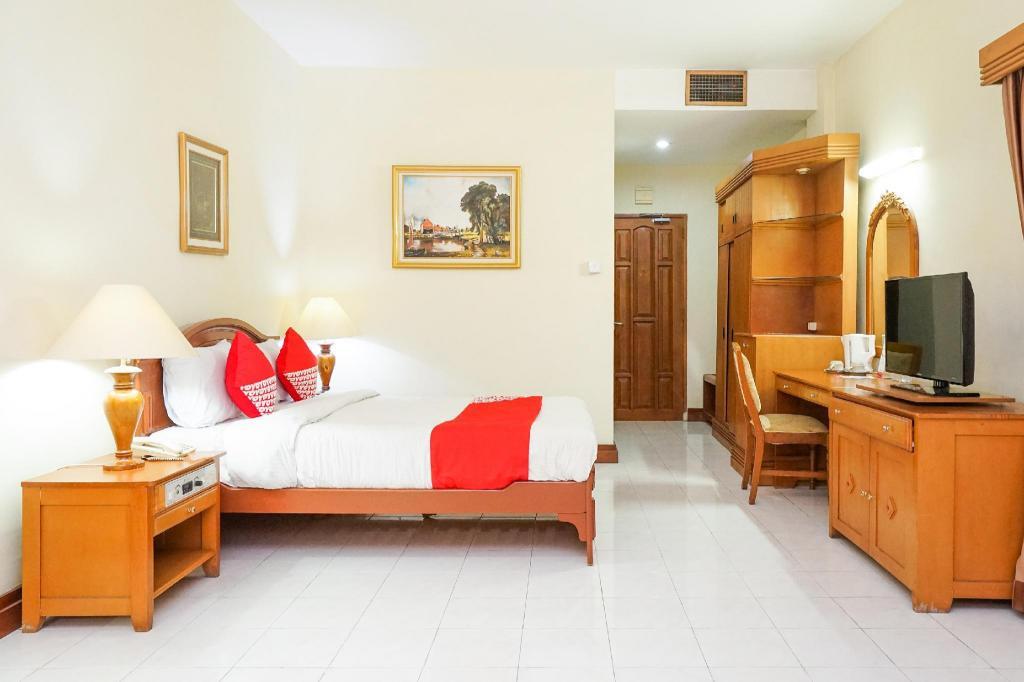 Tretes Raya Hotel