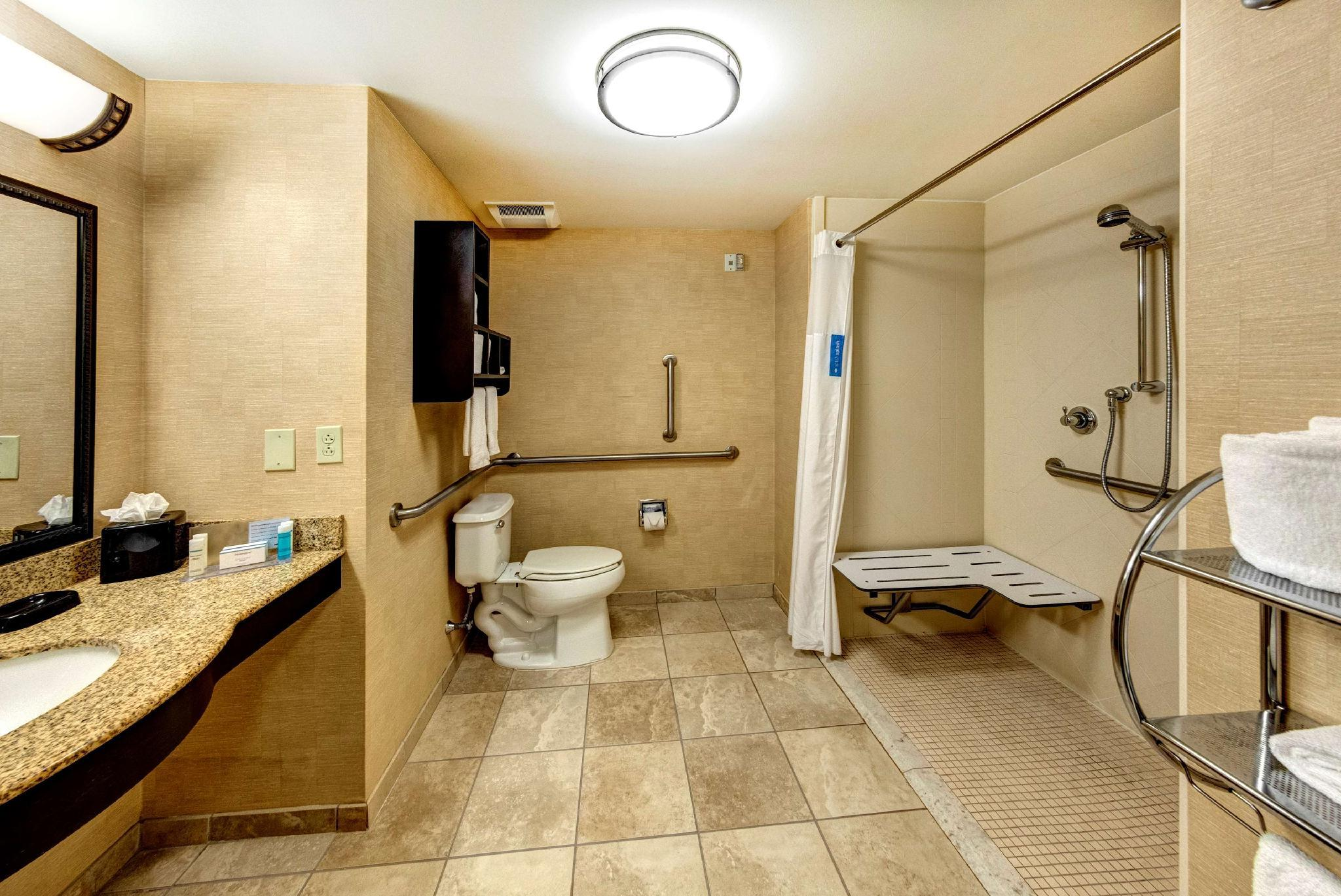 2 Queen Mobility Hearing Accessible with Roll In Shower Non-Smoking