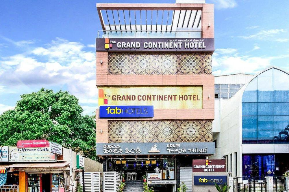 Hotel The Grand Continent