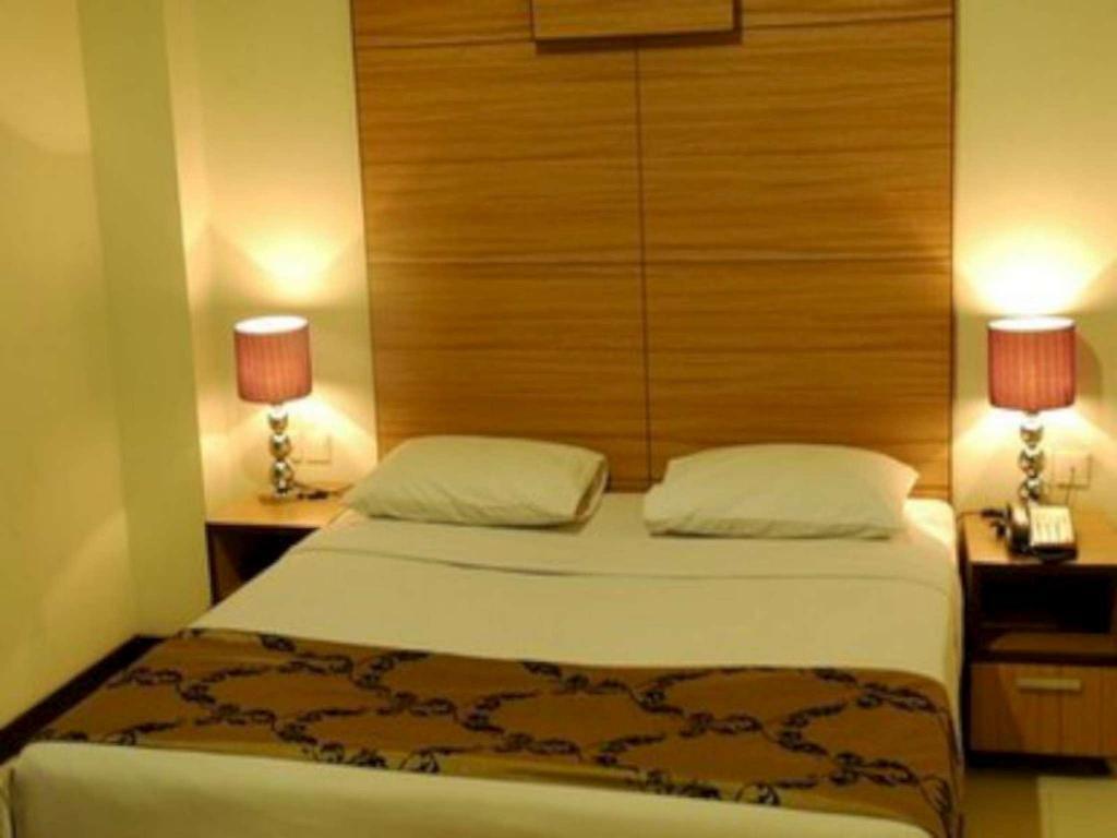 Fasilitas kamar Hotel Royal Bogor