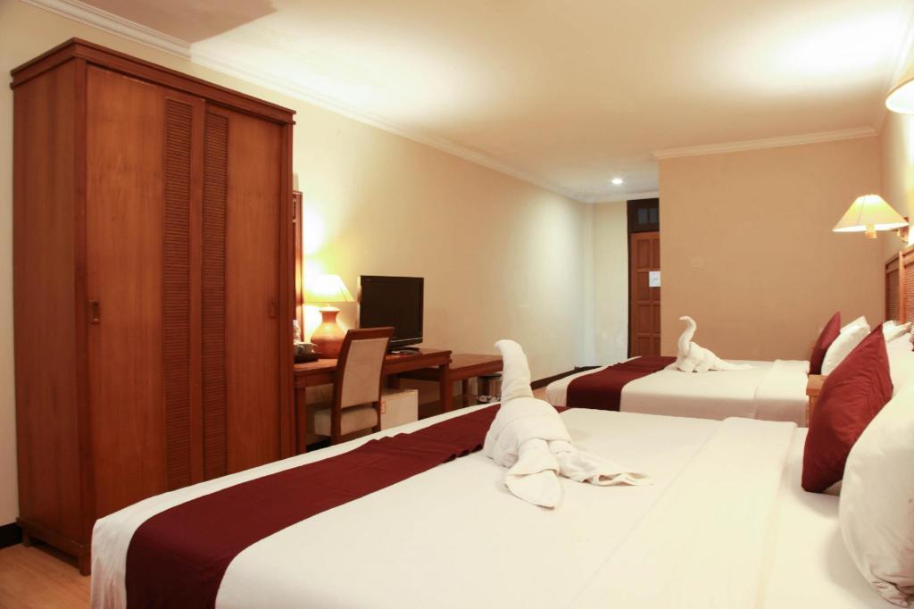 Fasilitas kamar Royal Tretes View Hotel & Convention