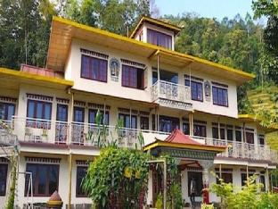 Hotel Bamboo Retreat