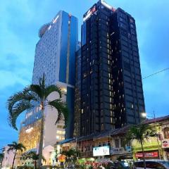 M Summit 191 Executive Hotel Suites