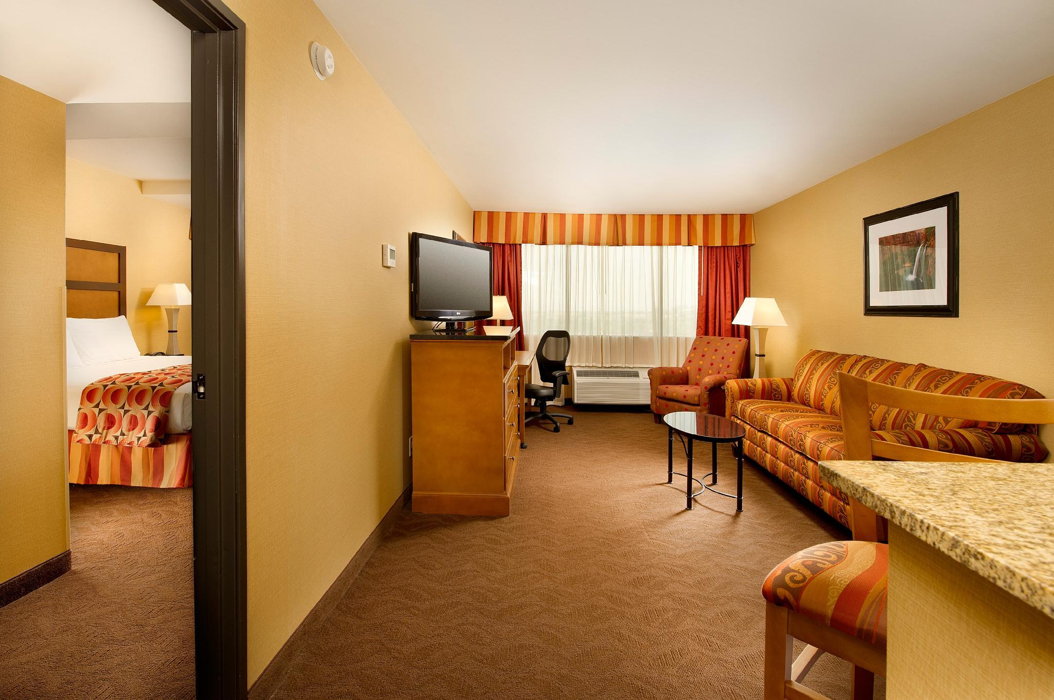 Superior King Suite with Sofa Bed, Terrace- Hearing Accessible