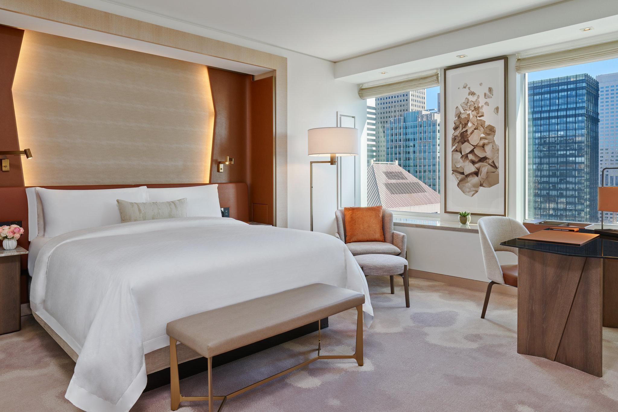 Grand Deluxe, Guest room, 1 King, City view, High floor