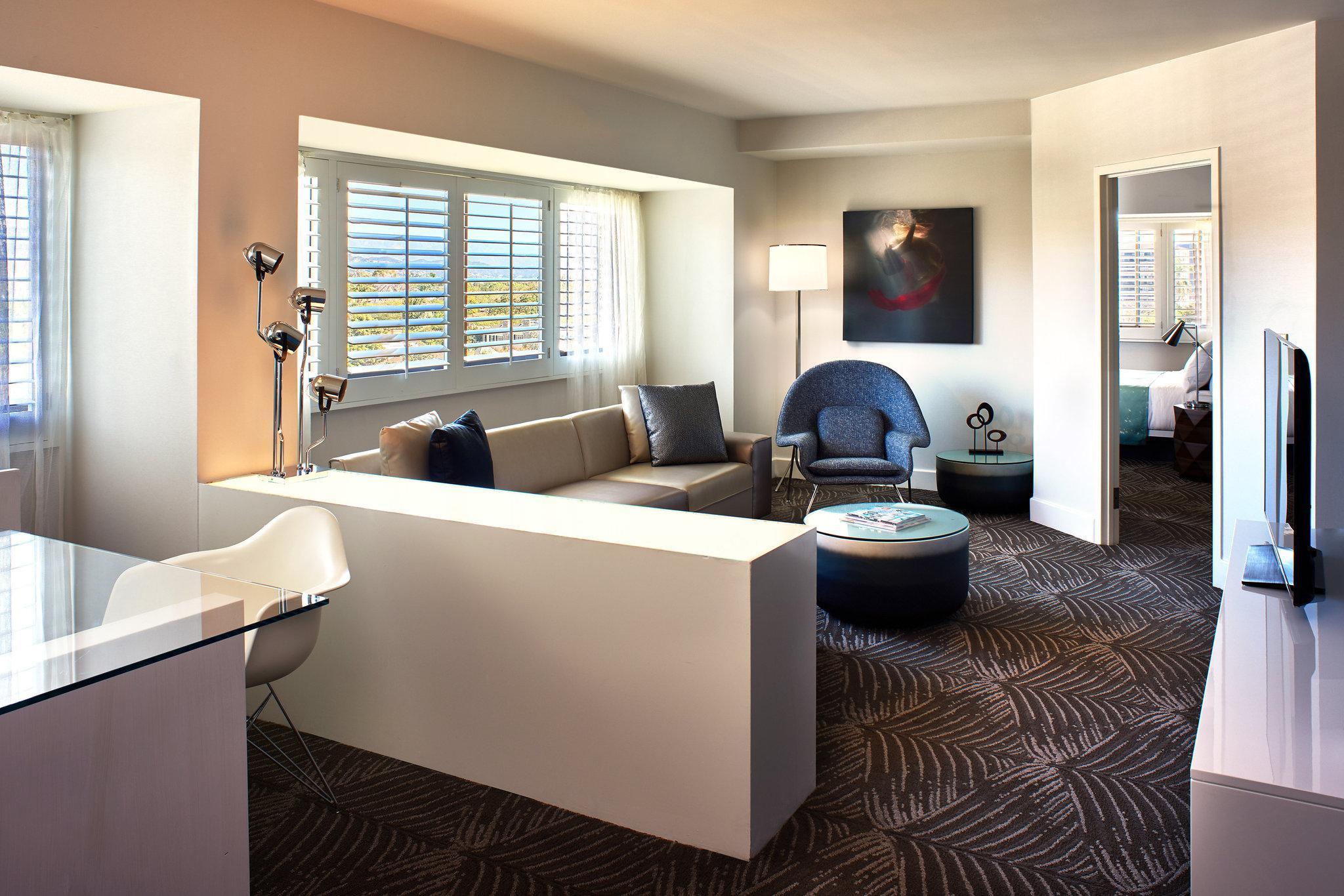 Mega Suite, 2 Bedroom Suite, 1 King or 1 Queen