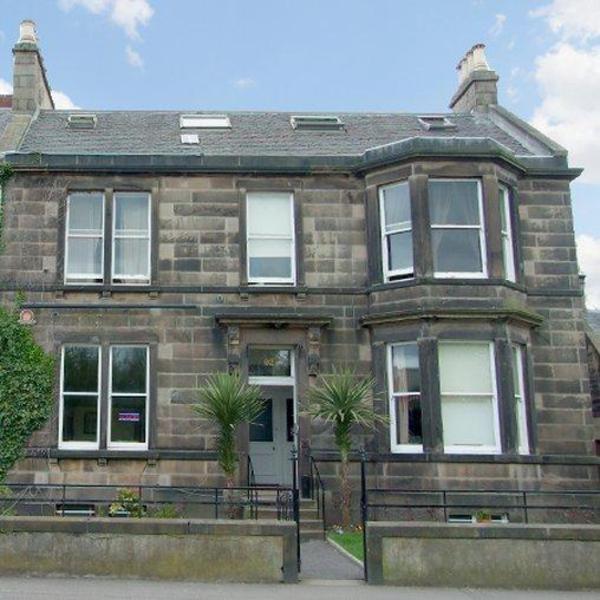 Edinburgh House Hotel ⭐⭐⭐