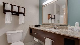 3 Queen Beds 2 Bedroom Suite Non-Smoking