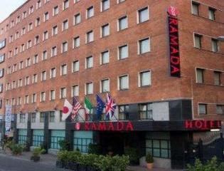 Ramada Naples City Centre