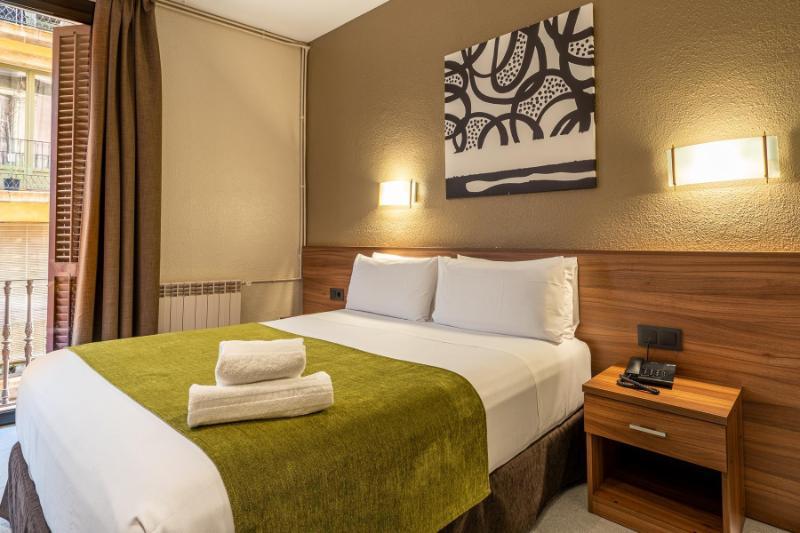 Aneto Hotel ⭐⭐