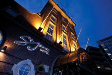 Hotel St James