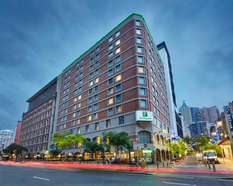 Holiday Inn Darling Harbour ⭐⭐⭐⭐