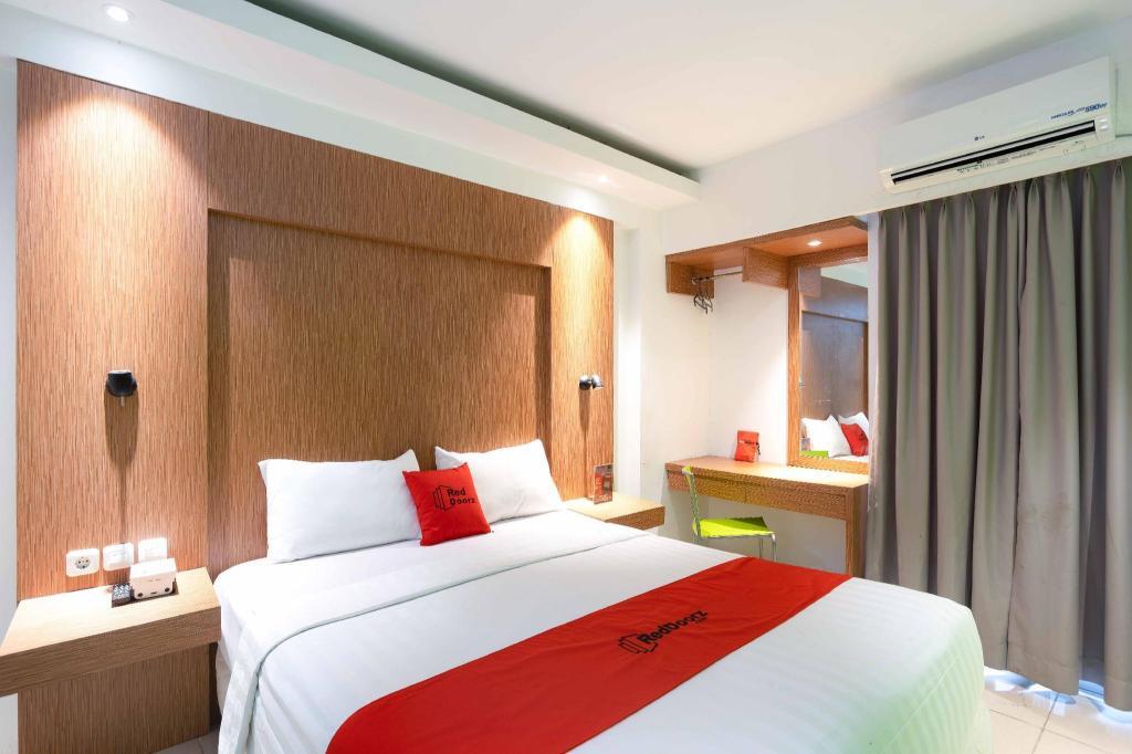 Fasilitas kamar RedDoorz Apartment @ Bogor Valley