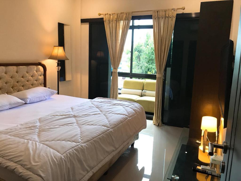 Fasilitas kamar Halona residence