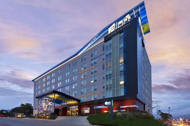 Aloft San Jose Hotel, Costa Rica ⭐⭐⭐⭐