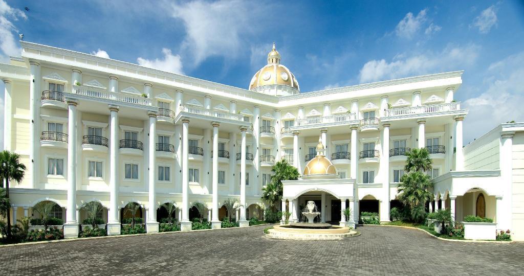 Yasmin Resort & Conference Hotel