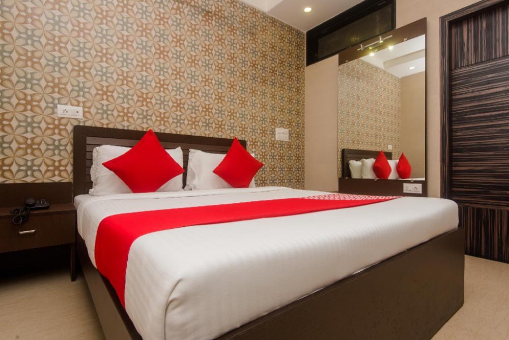 Hotel OYO 6371 Hotel Abrol