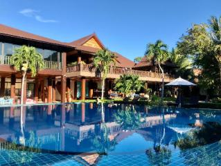 Phi Phi Villa Resort (SHA Plus+)