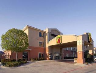 Super 8 By Wyndham Fort Worth North